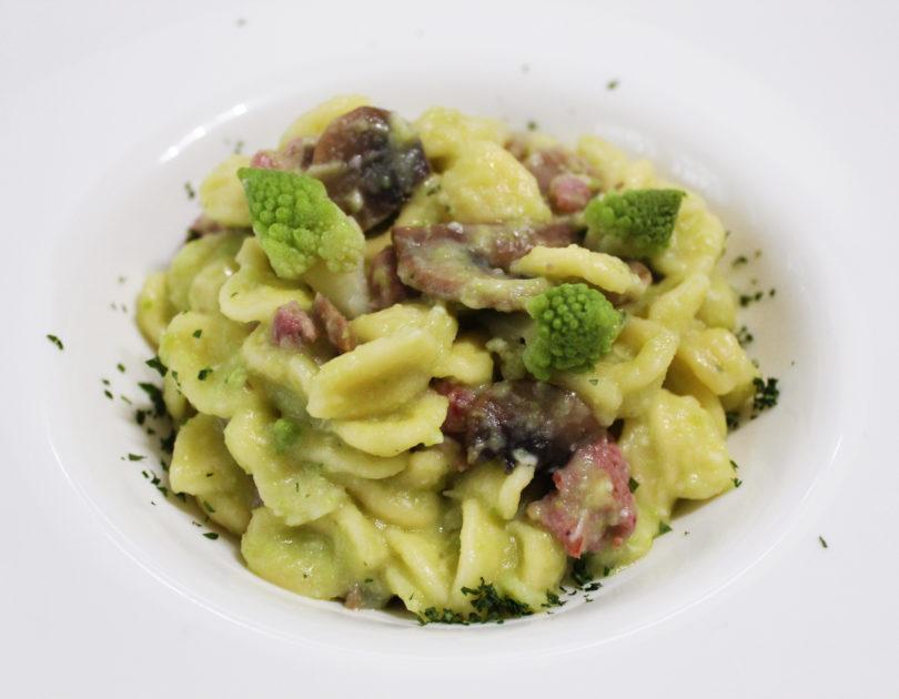 Orecchiette alla norcina imbrogliate con i broccoli