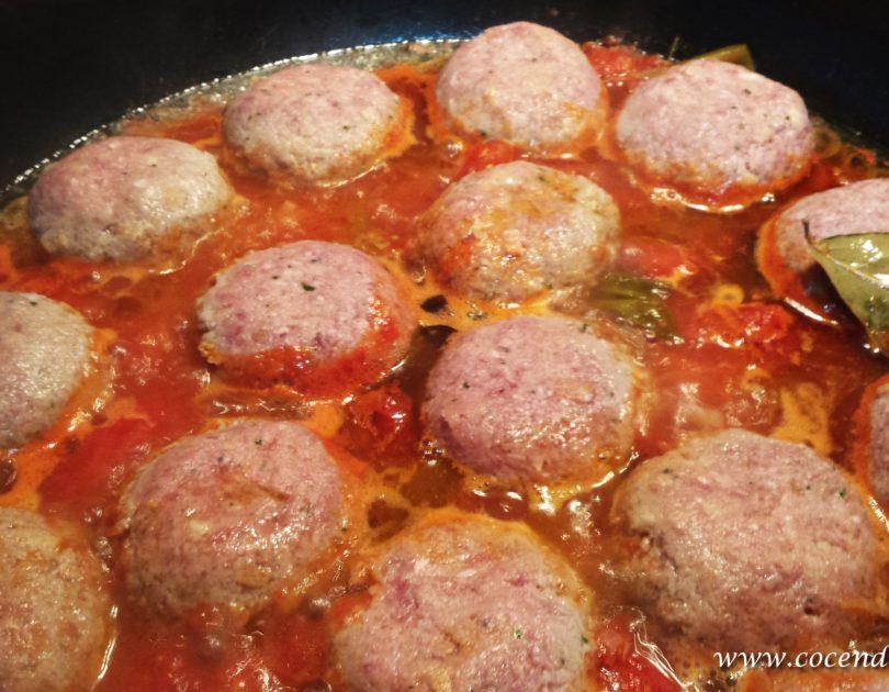 Polpette di carne in umido all'abruzzese